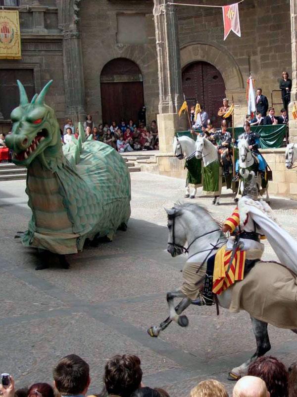 Celebración de San Jorge y el Dragón en Alcañiz